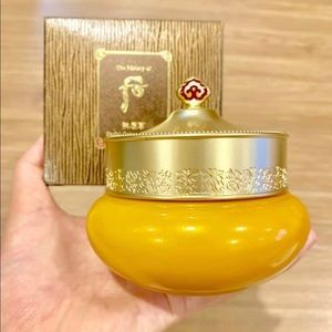 THE HISTORY OF WHOO Gongjinhyang Cream Cleanser